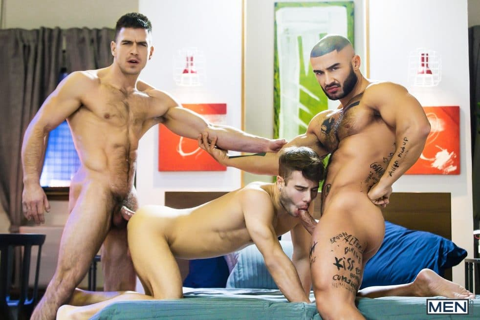 Gay Porn Threesome
