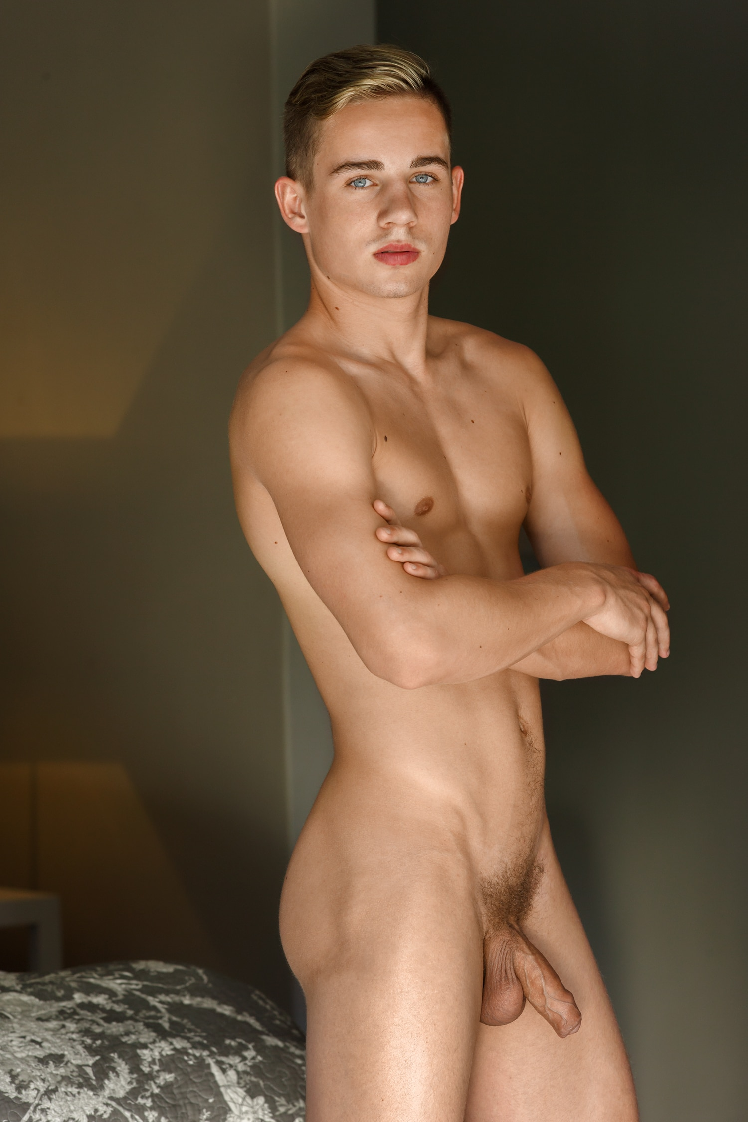 Sexy nude boy with a soft cock - Gay Porn Rules